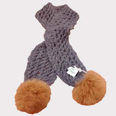 Foulard avec laine et pompon 100 % alpaga